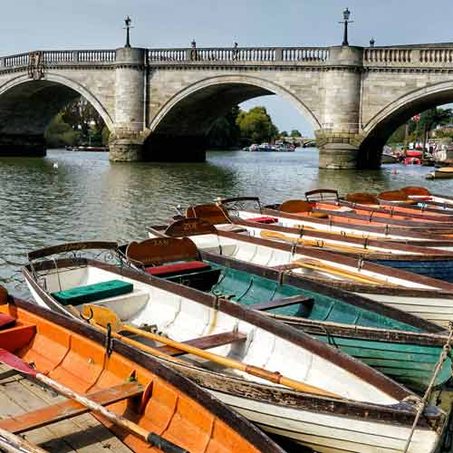 Richmond Office Removals by Caseys Office Relocations : Richmond Bridge over River Thames